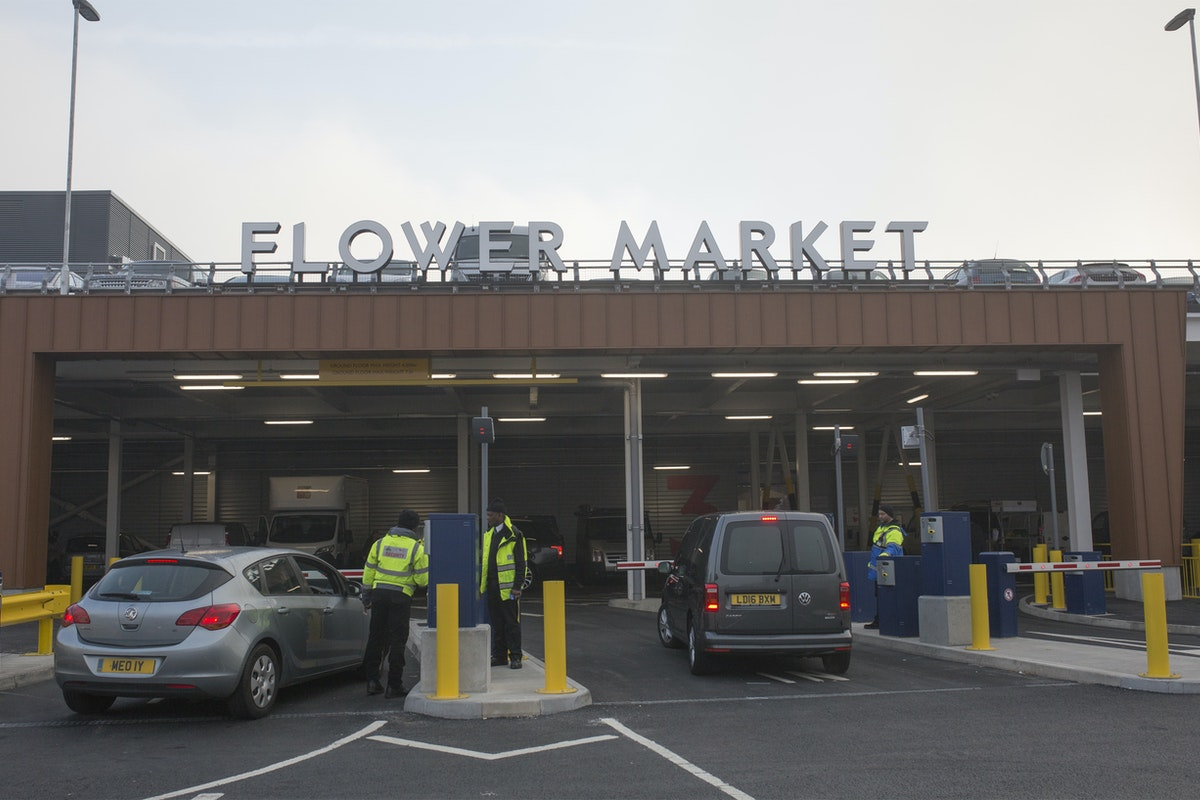 Brand New Flower Market At New Covent Garden Flower Market Rona Wheeldon Flowerona Flower Market Entrance