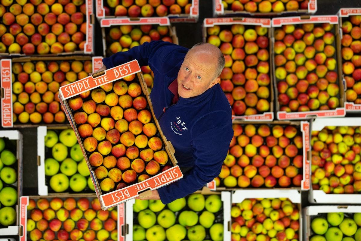 Eddie Of Hg Walker With British Apples