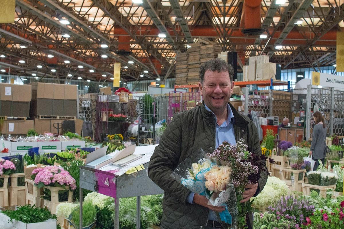 New Covent Garden Flower Market August 2016 Market Report Flowerona Hr A 44
