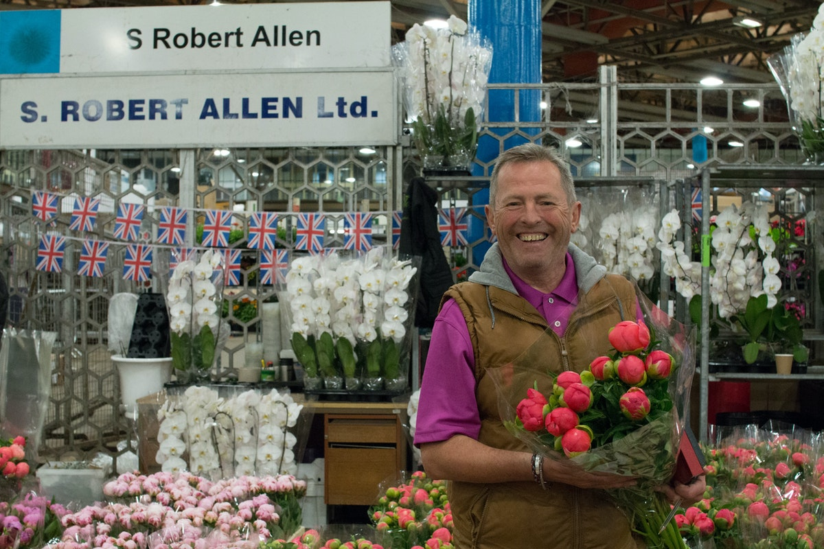 New Covent Garden Flower Market June 2016 Market Report Flowerona Hr 8A