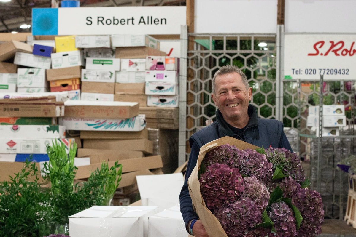 New Covent Garden Flower Market November 2015 Market Report Flowerona Hr 8