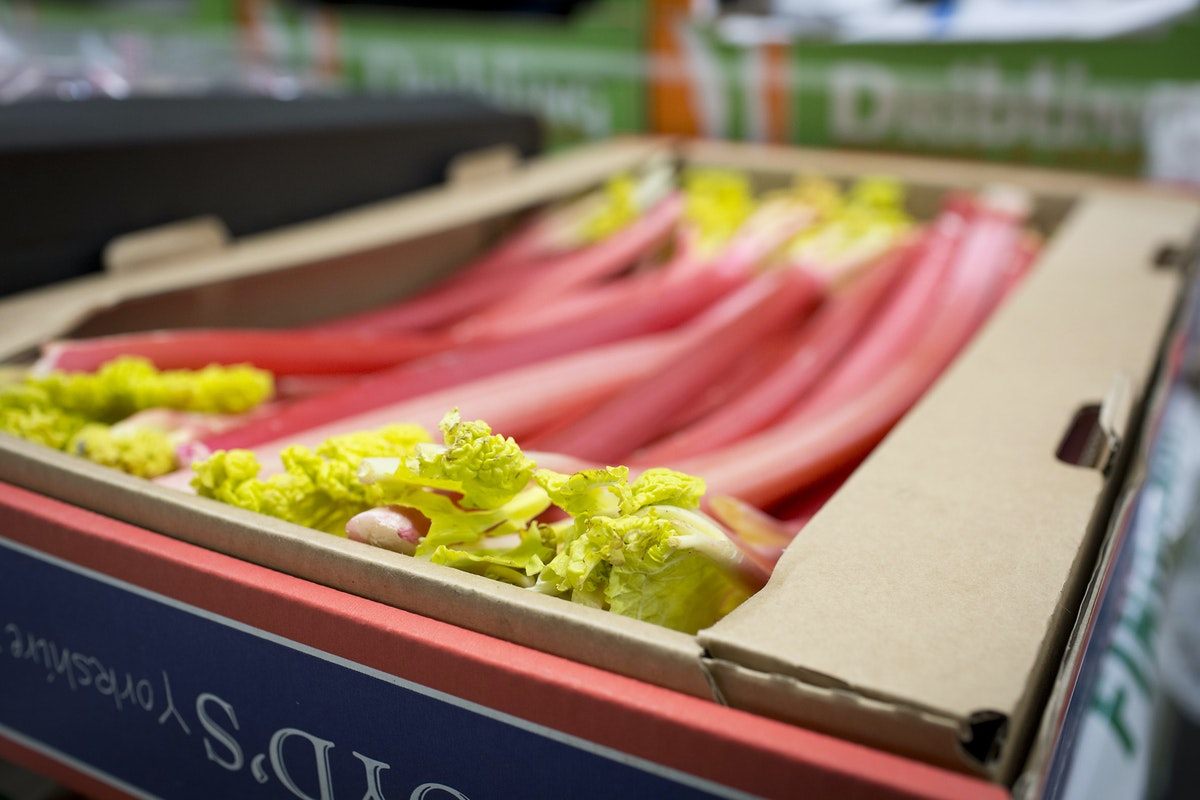 Fruit And Vegetable Market Report April 2016 Yorkshire Rhubarb