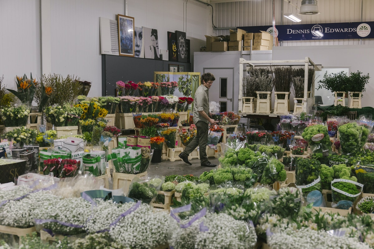 New Covent Garden Flower Market April 2019 In Season Report Rona Wheeldon Flowerona Wheeldon Flowerona Sonny At Dennis Edwards Flowers