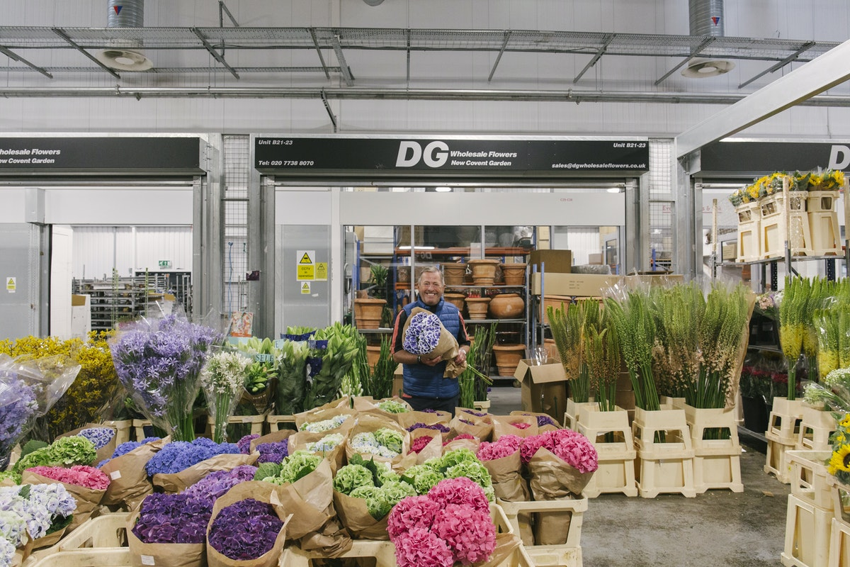 New Covent Garden Flower Market July 2019 In Season Report Rona Wheeldon Flowerona Trevor At Dg Wholesale Flowers With Hydrangea Beautensia Dali