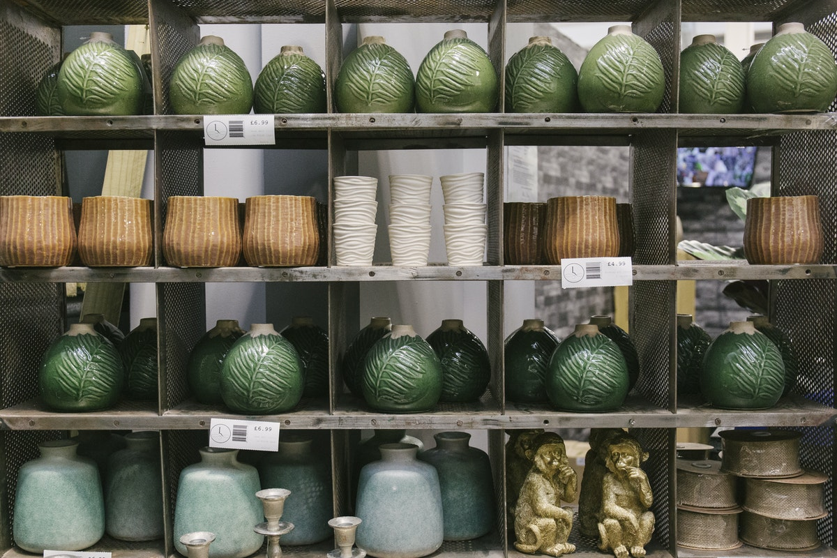 New Covent Garden Flower Market March 2020 In Season Report Rona Wheeldon Flowerona Assorted Ceramic Vases At Lavenders Of Covent Garden
