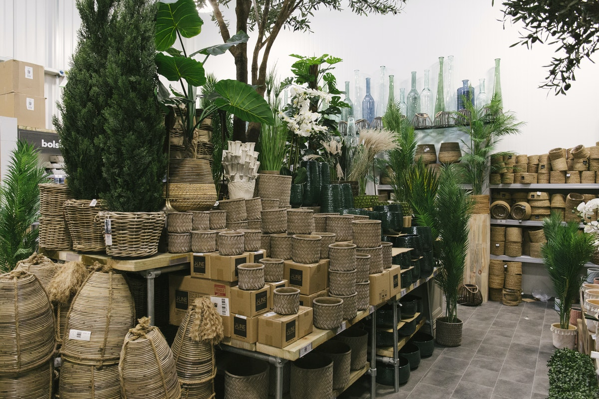 New Covent Garden Flower Market March 2020 In Season Report Rona Wheeldon Flowerona Assorted Wicker Pots And Baskets At Lavenders Of London