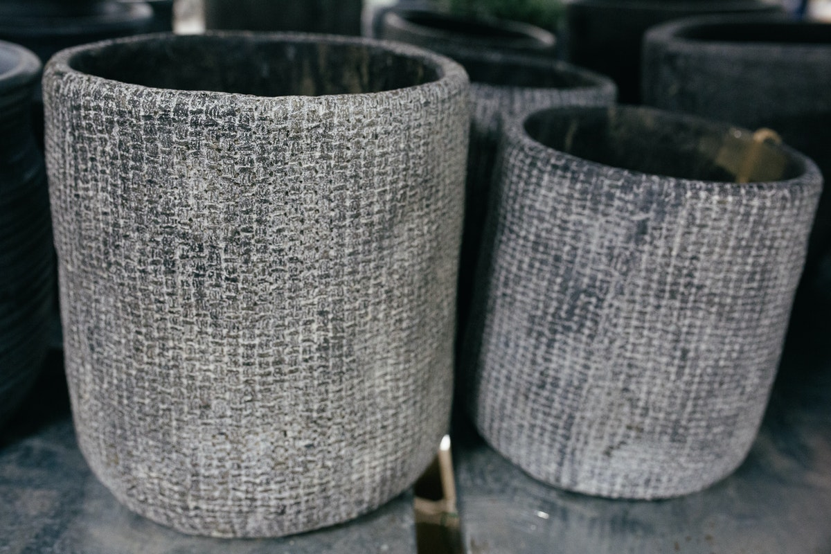New Covent Garden Flower Market October 2017 Flower Market Report Textured Charcoal Grey Pots At The Flower Store Part Of Bloomfield