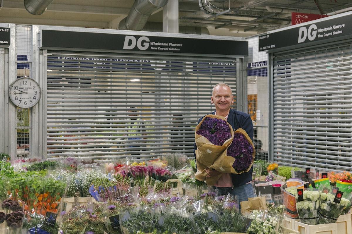 New Covent Garden Flower Market September 2019 In Season Report Rona Wheeldon Flowerona David At Dg Wholesale Flowers With Hydrangeas